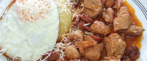 Tochitura-romaneasca-restaurantul-botosani